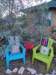 seats in yard (EllenJo) Tags: blue summer green home yard chairs pentax seats bungalow clarkdale 2016 june15 ellenjo ellenjoroberts pentaxqs1