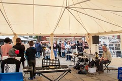 G22_0257 (bandashing) Tags: school england music manchester market crowd hyde entertainment sing civicsquare sylhet bangladesh socialdocumentary aoa tameside bandashing akhtarowaisahmed mrkeates