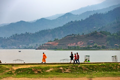 Boats at Phewa Lake in Pokhara, Nepal (CamelKW) Tags: nepal lake pokhara phewa 2016 everestpanoram