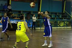 TUCAPEL VS WOLF__21 (loespejo.municipalidad) Tags: chile santiago miguel azul noche amarillo bruna silva deportes jovenes balon rm adultos alcalde competencia basquetbol loespejo