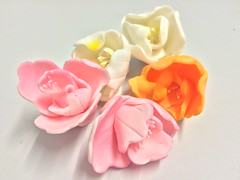 Sugar Flowers (Layla's Sugar Flowers) Tags: flowers cake sugar toppers