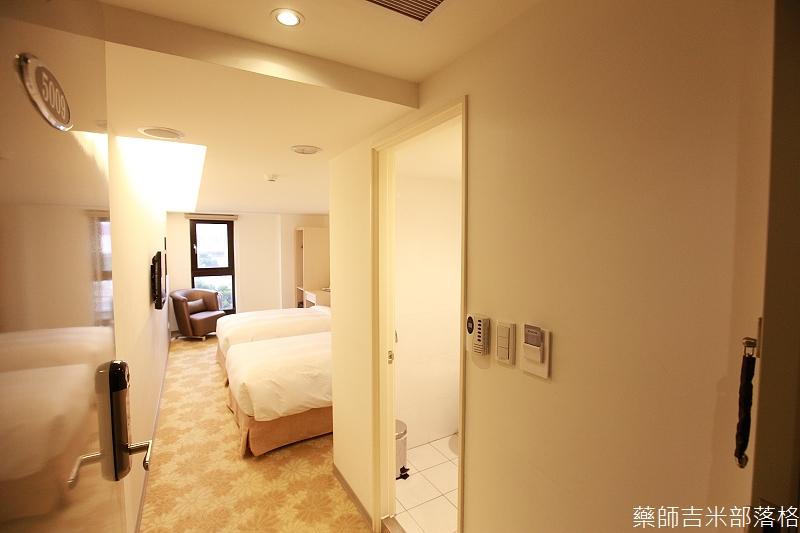 Green_World_Hotel_002