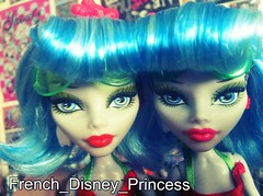 Ghoulia yelps skull shore doll face comparison (French_Disney_Princess) Tags: monster skull one for high doll dolls shore custom comparison comparaison wich yelps ghoulia uploaded:by=flickrmobile flickriosapp:filter=chameleon chameleonfilter