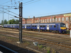 322485 Doncaster (Onwards and Upwards.......) Tags: emu doncaster southyorkshire northernrail class322 322485