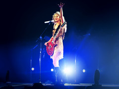Speak Now Tour 2011 (kyramary) Tags: blue light music love fashion vintage photography concert pretty singing song hipster sparkle sing taylor blonde swift lovestory enchanted taylorswift