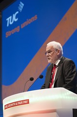 NASUWT at the TUC Congress (nasuwt_union) Tags: nasuwt education conference woman man black white speaking stand hall meal drinks happy members workshop pesident birmingham banner meeting stage positive portrait guidance crowd teachers leaders lectures students awards executive staff show tell help advice support listen adults people england scotland northern ireland wales strong women men insturction health safetly wellbeing classroom school college university table voting union best brilliant workplace seminar