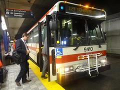 Toronto Transit Commission 9410 on 124 Sunnybrook (Orion V) Tags: ttc torontotransitcommission 9410 orionv cumminsm11 124sunnybrook