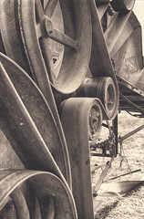 Thresher Belts (mchristi314) Tags: antique agriculture platinum farmmachinery threshingmachine