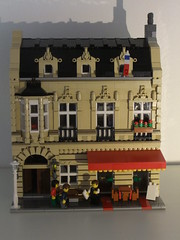 Restaurant 'Le Parisien' (aloisvonesterhazy) Tags: restaurant lego modular parisian vision:text=0699 vision:outdoor=0761