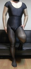 shiny body (phmenchris) Tags: encasement shinypantyhose flickrandroidapp:filter=none