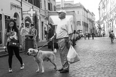 Attenti al cane.jpg (gilberto.gini) Tags: street blackandwhite bw strada bn biancoenero attentialcane leicasummicron40mm gilbertogini fujixpro1