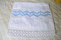 toalha de lavago em vagonite (mariapaulacalixtodes) Tags: de mao toalha em lavabo bordado vagonite