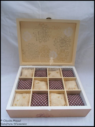 """Caixa para 12 relógios, caixa de bijuteria e moldura """"Golden Bird"""""""