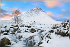 Bauchaille Etive Mor Glen Etive Sunset (Lou_Viva) Tags: winter sunset snow glen glencoe etive scottishhighlands buachailleetivemor canon5dmarkiii
