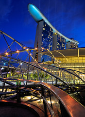 The Helix Bridge & Marina Bay Sands... (williamcho) Tags: bridge mall hotel casino bluehour exhibitionhall helixbridge marinabaysands marinabaysingapore theshoppes