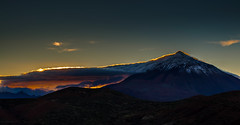 His Majesty... Mount Teide (nmaicas) Tags: sunset espaa atardecer islands spain nikon canarias tenerife canary teide islas nikond5000