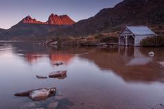 Dove Lake-Cradle Mountain (Rich Morrison) Tags: park mountain lake nikon dove australia national tasmania cradle d5000