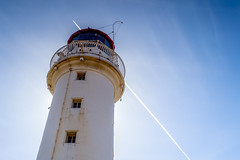 Lighthouse  Aircraft Pass (grahamkinnear) Tags: new uk lighthouse nikon brighton aircraft passing d3100