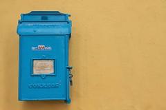 correos (mat56.) Tags: blue yellow composition mailbox mail details cuba minimal giallo dettagli minimalism antonio minimalismo azzurro cassetta posta correos composizione caraibi minimalista lavana mat56 romei