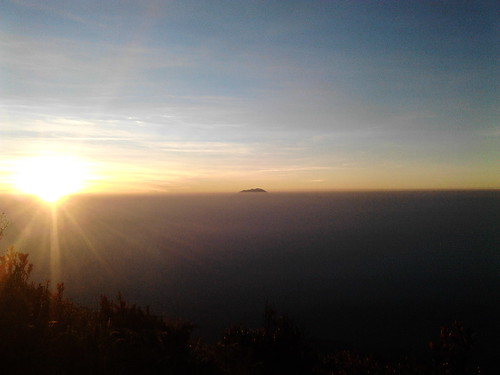 "Pengembaraan Sakuntala ank 26 Merbabu & Merapi 2014 • <a style=""font-size:0.8em;"" href=""http://www.flickr.com/photos/24767572@N00/27094506271/"" target=""_blank"">View on Flickr</a>"