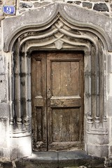 9 (haijee13) Tags: door wood old france st pierre nine 9 porte flour neuf auvergne bois vieille ancienne ancien cantal