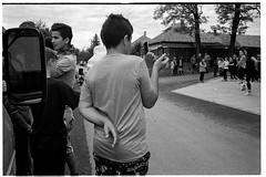 Vcszentlszl, 07/2015 (Attila Glncsr) Tags: camera blackandwhite film lens iso800 hungary year iso twisted ilforddelta400 leicam6 2015 fesztival voigtlanderultron35mmf17ltm 157355 vacszentlaszlo keztartas