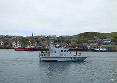 HMS Archer Visiting Stromness (orquil) Tags: old uk greatbritain houses sea skyline buildings islands scotland seaside spring interesting orkney sailing harbour traditional scenic may calm spire maritime karin visitor hilly underway stromness southpier alongside royalnavy diveboat berthed p2000 p264 orcades fastpatrolboat hmsarcher islandsenior fishfarmship