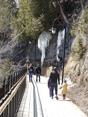 Quebec. montmorency Waterfall walkway. Winter ice  and tourists. (denisbin) Tags: ice quebec walkway waterfalls montmorency chute montmorencywaterfalls montmorencywaterfdalls