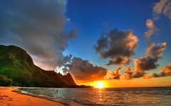 Tramonto in spiaggia (margheritabellettati) Tags: background