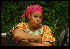 JUNI0467 (Leopoldo Esteban) Tags: africa brussels woman black mujer women belgium belgique african femme bruxelles bruselas mujeres belgica femmes afrique africana peul afric africanfashion leopoldoesteban
