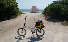 Haulover Beach (batschmidt) Tags: foldingbike batschmidt ternbike bikethekeys
