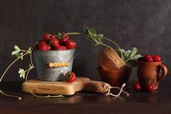 From June Garden (panga_ua) Tags: red summer cup june cherries ceramics berries board strawberries oakwood bowls cuttingboard kitchenboard littlemetalicbucket fromjunegarden chunkyrustic solidoakchoppingboard