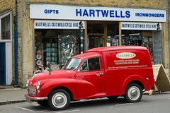 Hartwells Ironmongers, Bourton-on-the-Water. (ho_hokus) Tags: uk england shop hardwarestore store cotswolds gloucestershire storefront van redvan bourtononthewater 2016 vintagevan hartwells fujix20 fujifilmx20