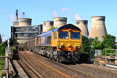 Aire Supply (Feversham Media) Tags: yorkshire freighttrains northyorkshire sheds riveraire brotherton class66 airevalley nenevalley knottingley gbrf ferrybridgepowerstation 66706