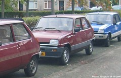 Renault 5 automatic 1984 (XBXG) Tags: auto old france classic netherlands car vintage french automobile 5 nederland voiture renault 1984 automatic paysbas almere ancienne renault5 française lh91nk