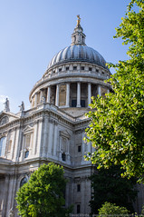 St. Paul's Cathedral (Spinnakertog) Tags: city building london st architecture famous columns christopher sunny pauls holy wren pillars religous londoncitycapital
