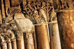 Pilares de una historia - Pillars of a story (*atrium09) Tags: españa detalle detail architecture spain arquitectura dof columns hdr columnas pilares atrium09 romanicas rubenseabra santodomingodelossilos