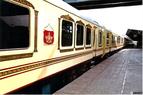 Palace on Wheels ext