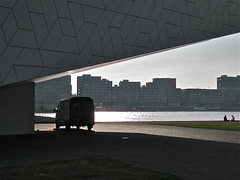 Splendid view (ClassicsOnTheStreet) Tags: shadow bus eye amsterdam fiat citron boxer jumper streetphoto van camper mobilehome schaduw motorhome schatten peugeot streetview campervan noord amsterdamnoord kampeerwagen 2013 ducato straatfoto lombre reisemobil overhoeksparklaan