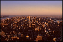 Manhattan - Looking North - from WTC - New York - nov-2000- 10 (Jorge Vasconcelos Photos) Tags: city nyc newyorkcity sunset sky usa ny newyork color building rooftop horizontal skyline skyscraper buildings downtown cityscape afternoon skyscrapers rooftops manhattan nopeople midtown american eastriver hudsonriver empirestatebuilding chryslerbuilding analogphotography nikonf3 5thave metlifebuilding filmphotography nikonscanner conedisonbuilding analoguephotography citycorpbuilding jvasconcelos jorgevasconcelos propertyreleaseno