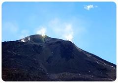 atacama desert chile volcano (globetrottergirls) Tags: chile atacamadesert