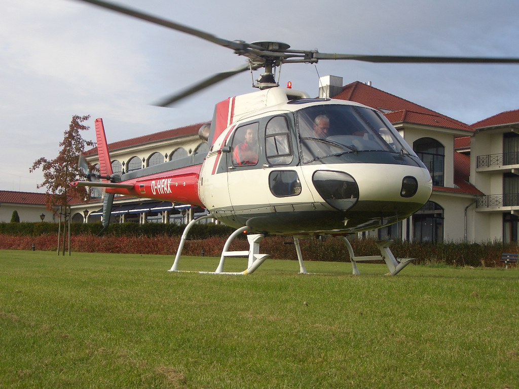 the world 39 s best photos of ec145 and helipad flickr hive mind. Black Bedroom Furniture Sets. Home Design Ideas