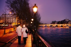 Romantic ballad (CreART Photography) Tags: street city travel light sunset shadow urban paris france color art abandoned love beautiful fashion seine canon river dark photography movement model frankreich europa raw ledefrance picture streetphotography frana toureiffel francia parijs pars  parigi  sena autofocus seineriver riosena laseine pary parys  pariis  excursionboats parizo rosena  fleuvefranais pars creartphotography