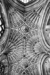 Bath abbey, bath (AWLancaster) Tags: uk england blackandwhite bw church abbey architecture sigma photowalk 1020mm aweinspiring bathabbey travelphotography churcharchitecture canon7d