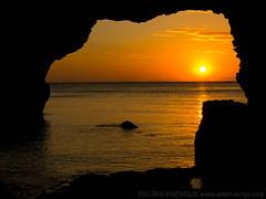 Sunset at Guimaras Island (eltercerojo) Tags: sunset sea sun relax atardecer mar peace view beatiful visayas pilipinas phillipines guimarasisland nuevavalencia