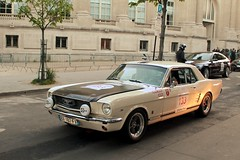 FORD Mustang 289 1966  #133 (seb !!!) Tags: auto old usa white black paris france classic cars ford blanco branco race america canon us photo coach automobile 2000 noir foto tour state image united negro picture competition grand voiture racing preto 1966 course american palais hood mustang seb bild blanche schwartz oldtimers weiss bianco blanc nero imagen coup capot 133 imagem automovil ancienne automovel optic populaire classique anciennes wagen 2016 automobil capucha 289 americaine cap cappuccio amerique klassic 1100d abzugshaube