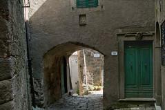 Via del Popolo 34 Montelaterone (Tuscany, Italy) (ricsen) Tags: italia italy toscana tuscany montelaterone amiata arcidosso grosseto