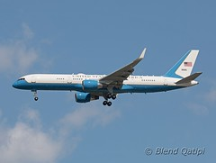09-0015 (dcspotter) Tags: 2016 governmentaircraft vipaircraft military militarytransport militaryaircraft governmentagency usgovernmentagency unitedstatesairforce usairforce usaf armedforces airforce boeing 757 757200 752 b752 b757 75w c32a c32b c32 andrewsairforcebase andrewsafb andrewsjointbase kadw adw campsprings maryland md usa unitedstates unitedstatesofamerica planespotting spotting blendqatipi dcspotter airliner passengeraircraft aircraft airline airplane jet jetliner 090015