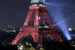 IMG_1803 (charles moulin) Tags: city travel roof red paris france architecture canon landscape lights europe cityscape eiffeltower roofs toureiffel archi 6d