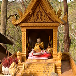 Banan Temple - Shrine with Little Buddha Clad in Golden Robe thumbnail